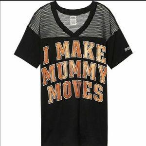🆕️VS PINK, I Make Mummy Moves Tshirt